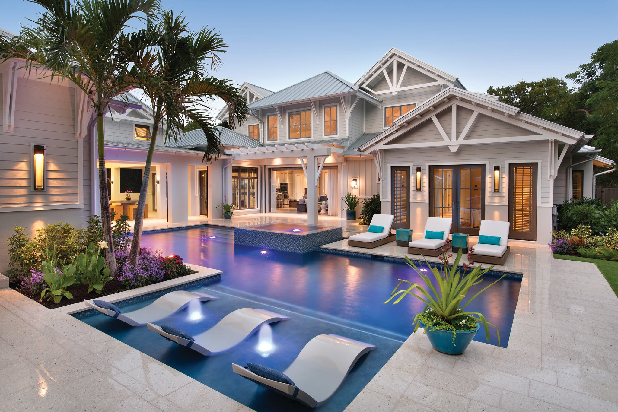 Luxury house with the pool